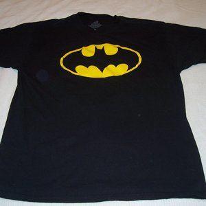 """DC Comics """"Batman Call Sign"""" Black S/S T/Sh XL"""